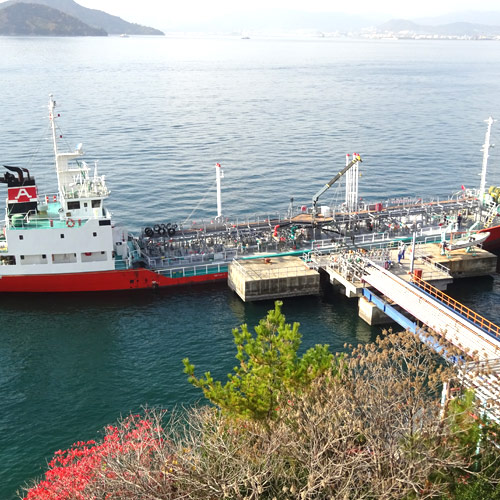 坂亀石山油槽所